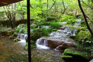 招月庭の滝